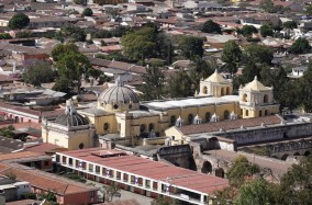 Antigua - Vue depuis le Cerro de la Cruz - La Merced