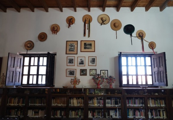 San Cristobal de Las Casas - Na Bolom - Bibliothèque