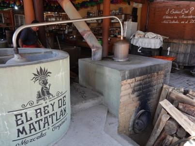 Vallée de Tlacolula - Fabrique de Mezcal - Distillation