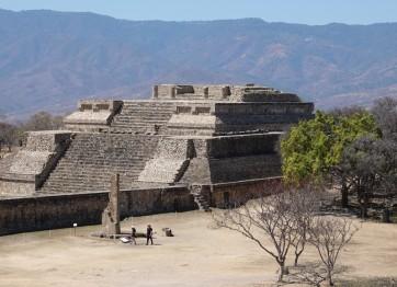 Monte Alban - Gran Plaza