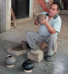 San Bartolo Coyotepec - Démonstration de poterie
