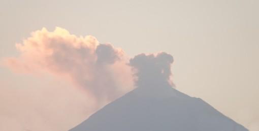 Puebla - Vue sur le volcan Popocatépetl