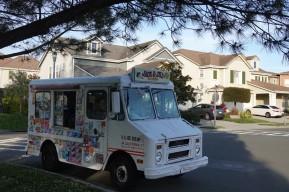 Hercules - Baie de San Francisco - Camion de glaces, non loin de notre logement