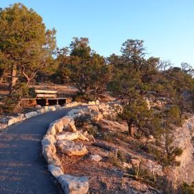 Arizona – Grand Canyon – South Rim, rando sur le trail qui longe Hermit Road - Cheminement agréable, et surtout on est seuls !