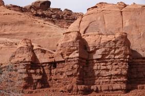 Monument Valley - Formations rocheuses situées derrière le Goulding's Lodge