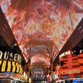 Las Vegas by night - The Wynn - Fremont Street