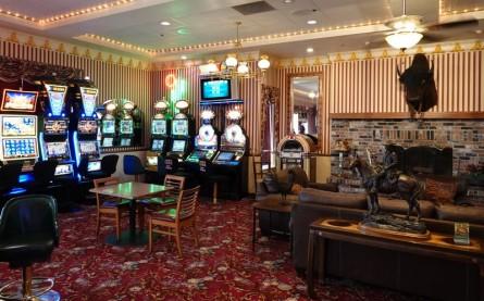 Amargosa Valley - Longstreet Inn - Dernier casino avant la frontière avec la Californie, distante de quelques mètres !!!