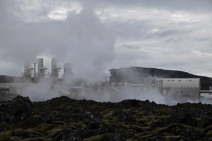 A l'extérieur du Blue Lagoon - Usine géothermique