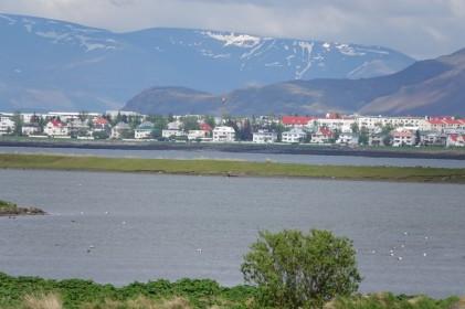 Presqu'ile non loin de Garðabær - Au loin, la capitale...