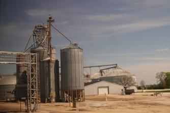 Train Los Angeles / Chicago - Soutwest Chief - Ioawa - Grandes exploitations céréalières de la Corn Belt