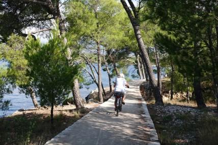 Balade à vélo le long du canal Saint Antoine