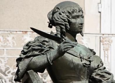 Grignan - Madamde de Sévigné et sa célèbre plume !