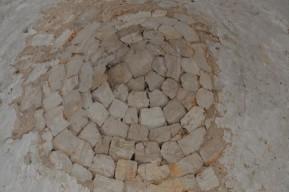 Alberobello - Trullo très ancien à l'extérieur de la ville - Détail du toit (intérieur)