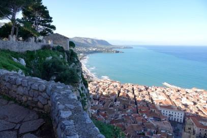 Cefalù - La Rocca - Vue sur la vieille ville et l'ouest de la baie