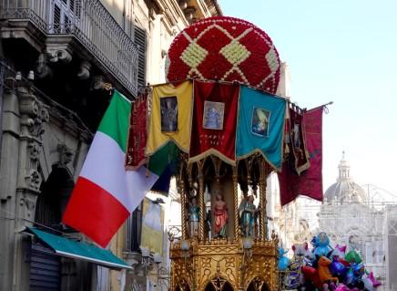 Catane - Procession pour la Sainte Agathe