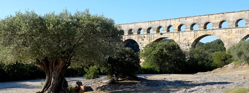 Jolies balades à pied et à vélo, au départ du camping Bagatelled'Avignon