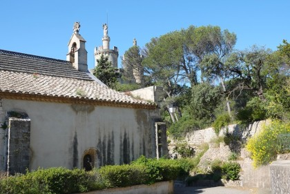 Boucle à vélo pont d'Aramon / Boulbon / Abbaye Saint-Michel de Frigolet / Barbentane / Aramon / Les Angles - Abbaye Saint-Michel de Frigolet