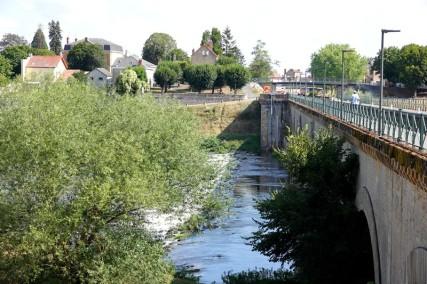 Balade à vélo de Dompierre-sur-Besbre à Digoin - Pont-canal et Loire