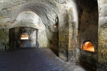 Couture-sur-Loir - La Possonière - Cuisine installée dans une cave