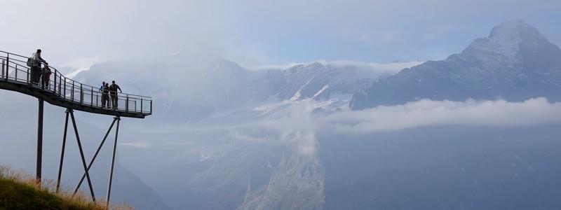De First à Grindelwald, une journée mémorable entre rando au Bachalpsee et descente dans les alpages en kart et trottinette!