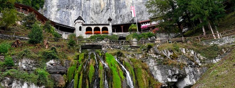 Balade souterraine dans les Grottes de SaintBéatus…