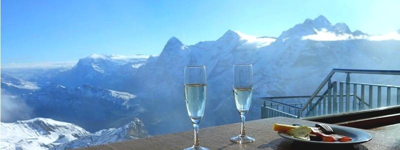 Dans les pas de James Bond, au sommet duSchilthorn…