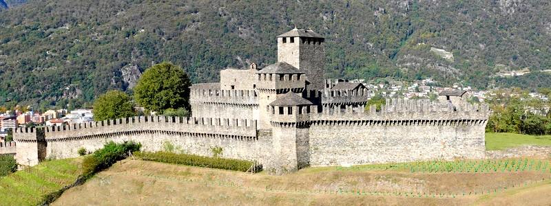 A l'assaut des trois châteaux forts de Bellinzona!