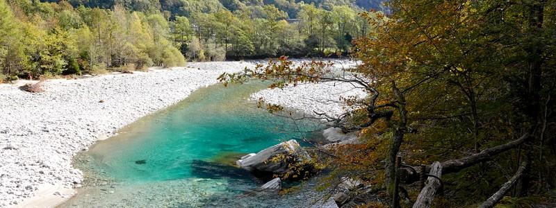 Coup de cœur pour la Vallemaggia, sa rivière aux eaux cristallines et ses petits hameaux aux maisons depierre…