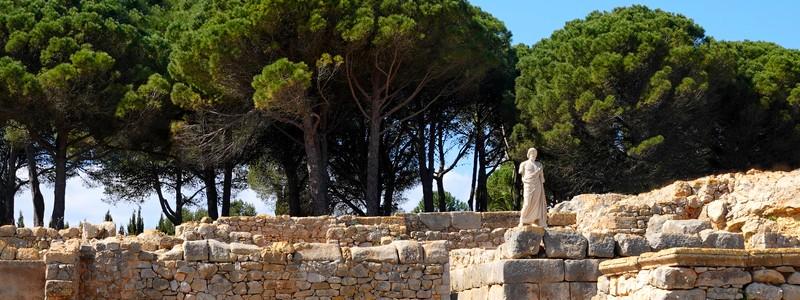 Sur les traces des civilisations grecques et romaines, aux ruinesd'Empuries